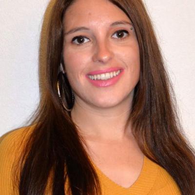 Dorothée Fernandes as La journaliste, ex-épouse
